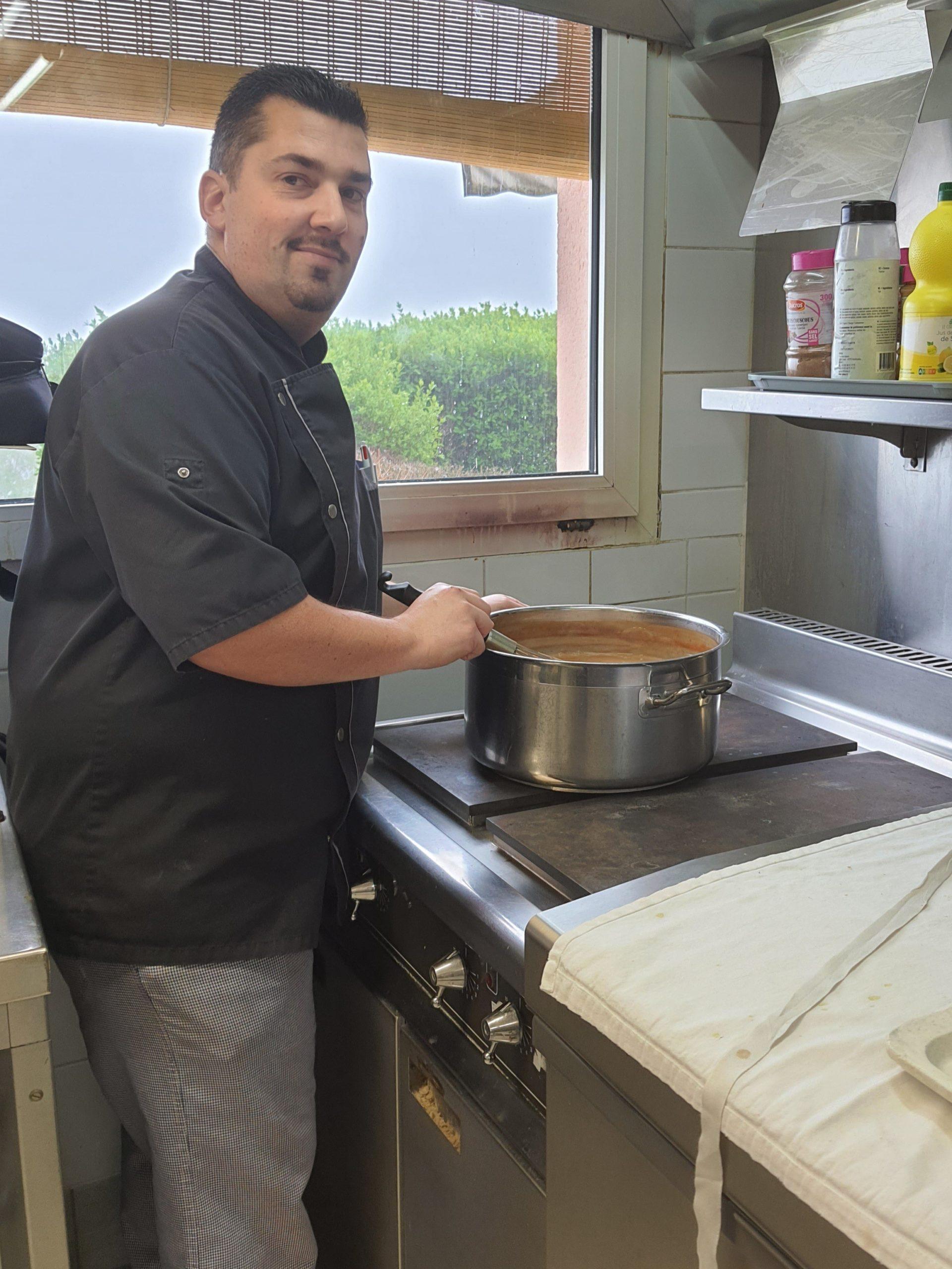 Olivier Chef cuisinier aux Jardins d'Iroise de Tosny
