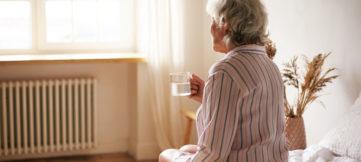 personne âgée isolée
